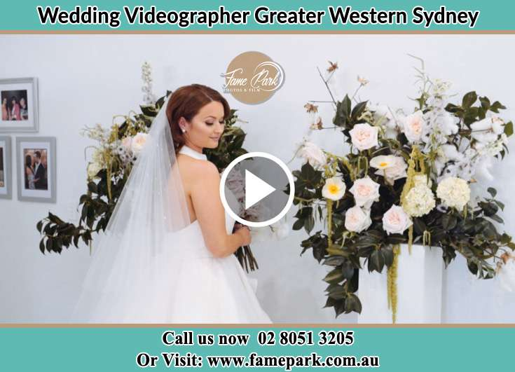 Bride holding a bouquet of flowers Greater Western Sydney