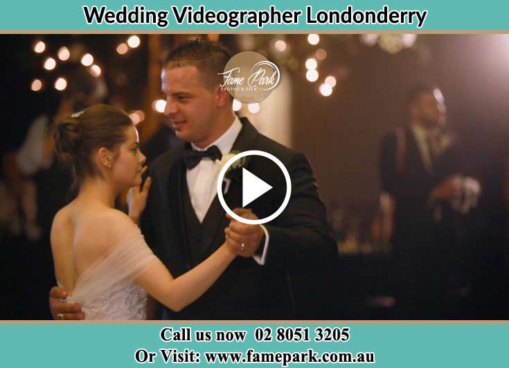 Bride and Groom dance at the dance floor Londonderry NSW 2753