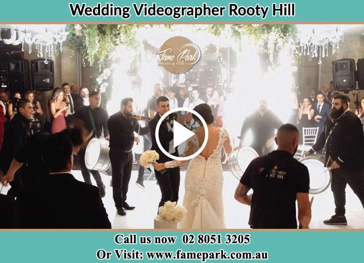 The new couple dancing on the dance floor with the band Rooty Hill NSW 2766